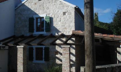 SILBA Autentična rustikalna kamena kuća s predivnim vrtom izgrađena između 15. i 18. stoljeća ► 350.000 €