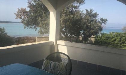 SILBA Kuća 180m2 na parceli od 500 m2 s prekrasnim pogledom smještena na samoj plaži ► 450.000 €