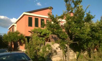 POTOČNICA/VARSAN Dvojna kuća 210 m2 na parceli od 1.497 m2, sva infrastruktura ► 160.000 €