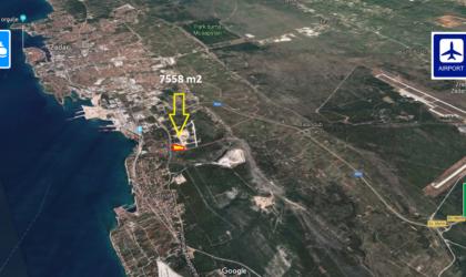 ZADAR/LONIĆI Zemljište 7.558 m2 gospodarsko-komercijalne namjene ► 30 €/m2