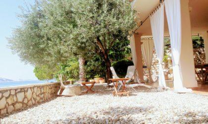 STARA NOVALJA Luksuzni apartman 140 m2 na samoj plaži s posebnim ulazom, vrtom i parkingom ► 450.000 €