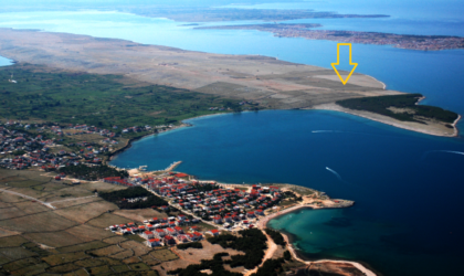POVLJANA Građevinsko zemljište 13.256 m2 pored eko-kampa Punta nova ► 135 €/2