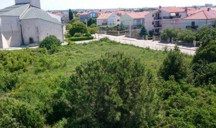 ZADAR/BORIK Građevinsko zemljište 2.331 m2, blizu mora, ATRAKTIVNO! ► 220 €/m2