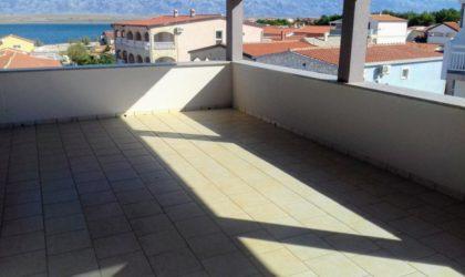 VIR Kuća 556 m2 sa šest apartmana i poslovnim prostorom, okućnica, blizu mora ► 299.000 €
