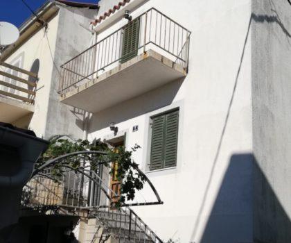 NOVALJA Kuća 147 m2 na tri etaže, u samom centru Novalje ► 105.000 €