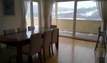 ZAGREB/MARKUŠEVEC 4-sobni stan 134 m2 za prodaju ili zamjenu za manju nekretninu na moru