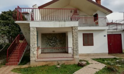 ZADAR/DIKLO Kuća 134 m2 s dvorištem, elitni dio Zadra, PRVI RED DO MORA ► 360.000 €