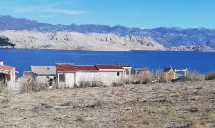 PAG Građevinko zemljište 1430 m2 blizu plaže Sv. Marko, pogled na cijeli Paški zaljev ► 80 €/m2